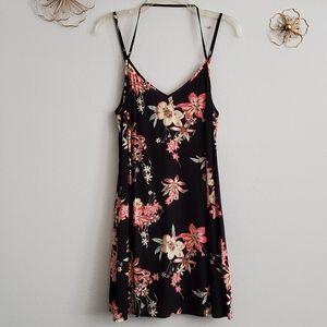 Forever 21 Black Floral Cami Shift Mini Dress